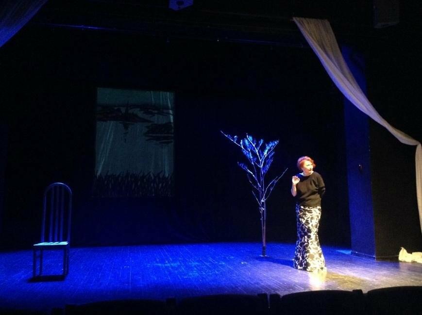 Лучшие и новые проекты малой сцены в Псковском академическом театре драмы в апреле, фото-6