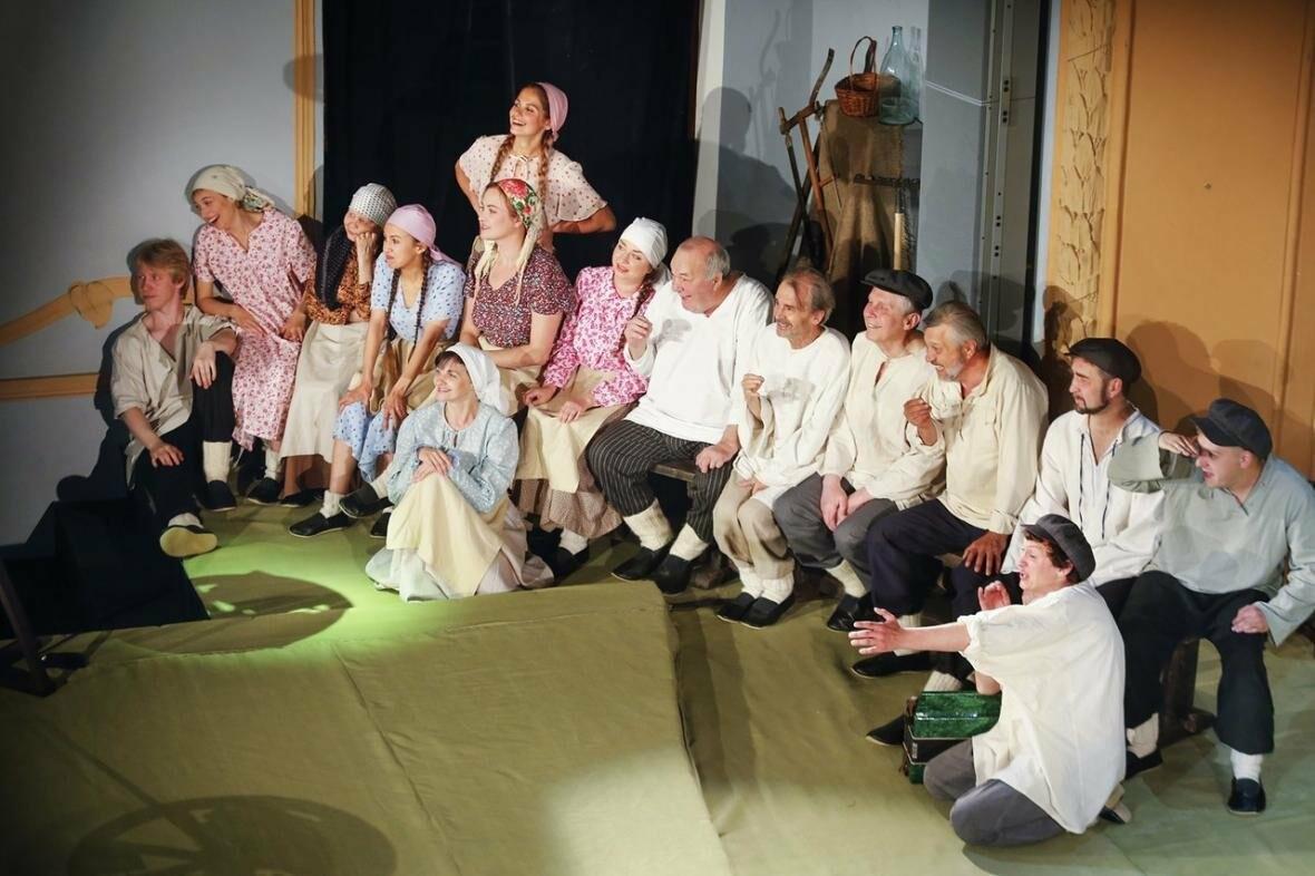 В Пскове состоялись премьерные показы самого масштабного театрального проекта 111-го сезона (ФОТО), фото-1