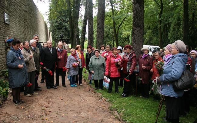 В Пскове почтили память жертв нацизма, фото-1