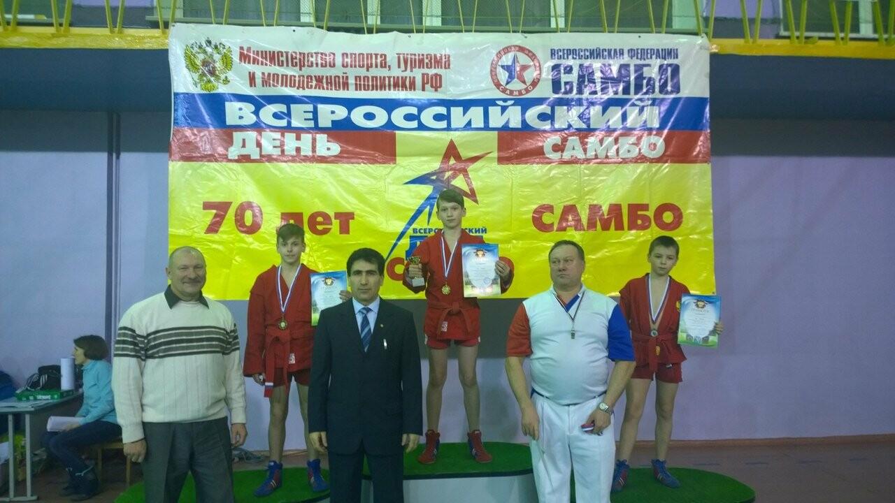 Псковские спортсмены завоевали медали на турнире по самбо в Мурманской области , фото-4