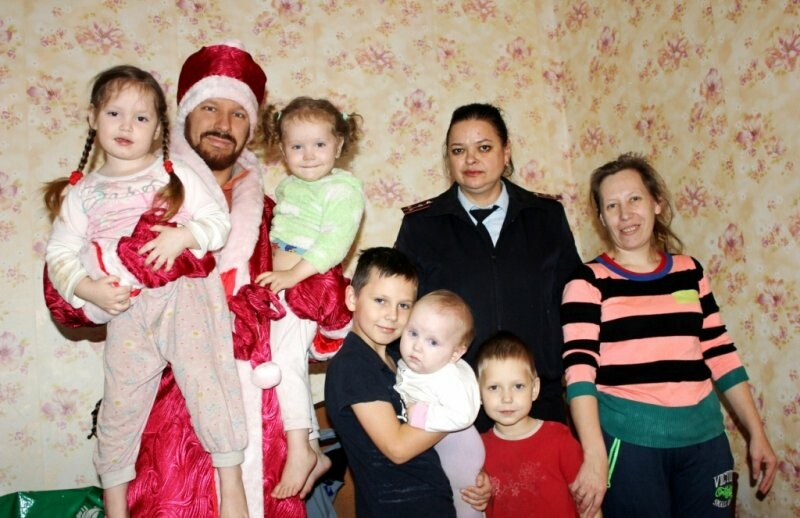 Псковские полицейские утроили Рождественские встречи, фото-3