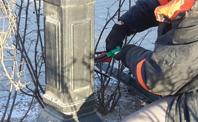 Уличное освещение по ул. Ленина в Пскове восстанавливается по временной схеме, фото-1