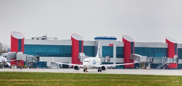Планируется наладить прямое авиасообщение Пскова с Калининградом, фото-1