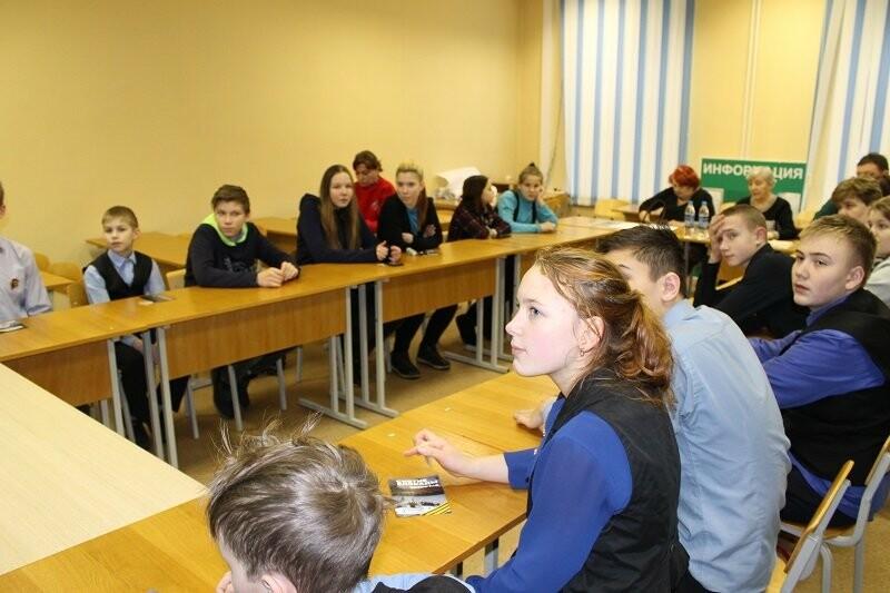 Псковские активисты ОНФ приняли участие в мероприятиях, посвященных годовщине снятия блокады Ленинграда, фото-3