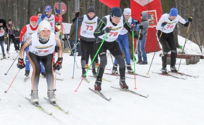 72 спортсмена приняли участие в чемпионате и первенстве города Пскова по лыжным гонкам, фото-1