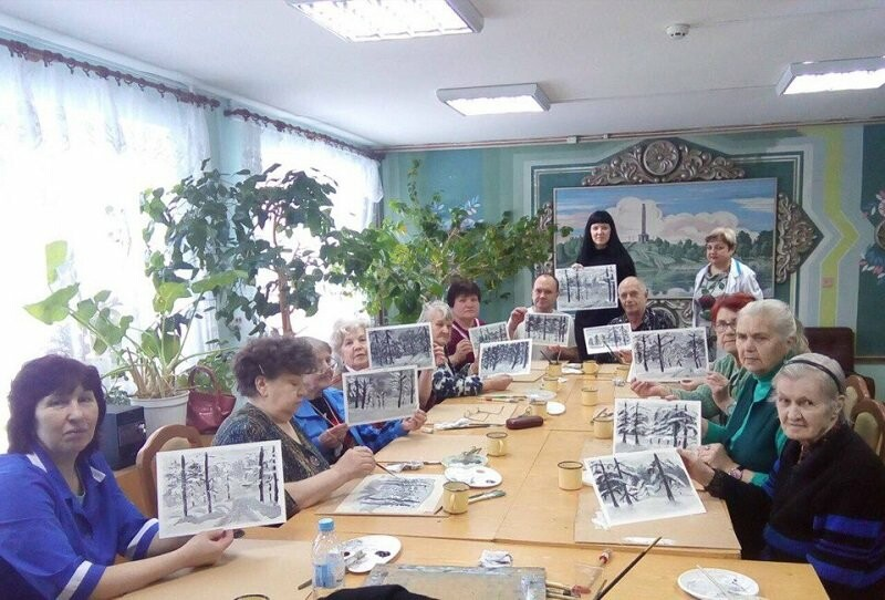 Псковские активисты ОНФ, в рамках акции «Связь поколений», провели мастер-классы для пожилых людей, фото-2