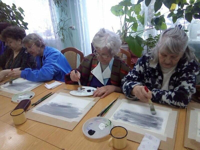 Псковские активисты ОНФ, в рамках акции «Связь поколений», провели мастер-классы для пожилых людей, фото-3