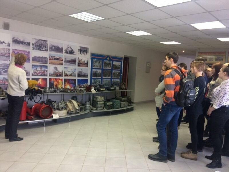 Псковские студенты посетили пожарно-техническую выставку, фото-2