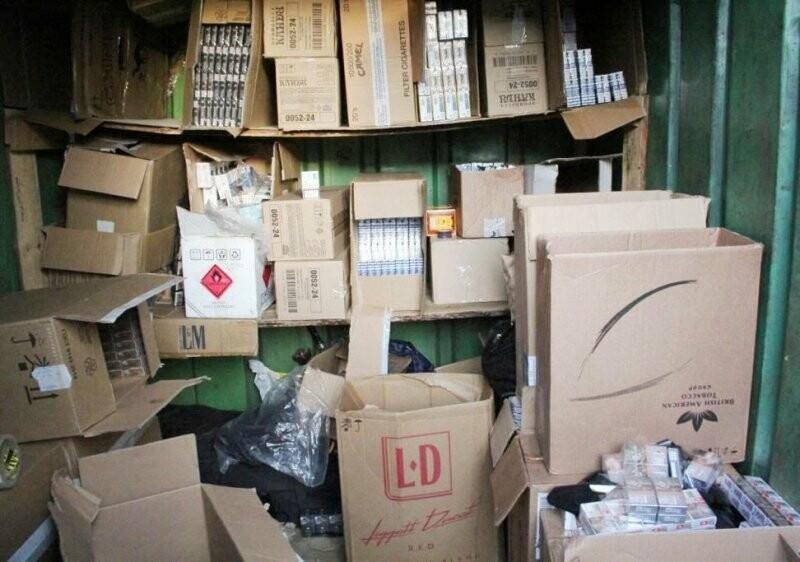 В Псковской области из незаконного оборота изъята партия сигарет на сумму более пяти миллионов рублей, фото-4
