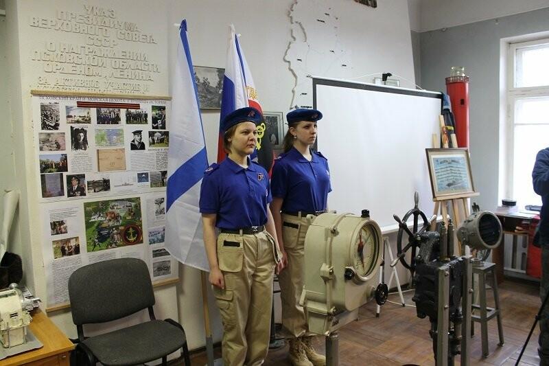 Псковские активисты ОНФ приняли участие в патриотической акции, посвященной Дню моряка-подводника, фото-2