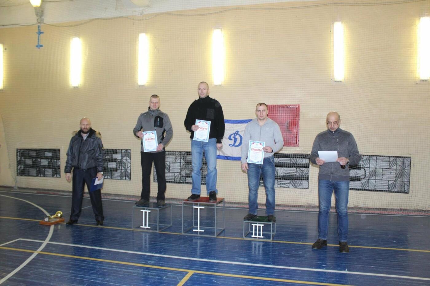 В Пскове состоялись соревнования по гиревому спорту между командами Росгвардии , фото-4