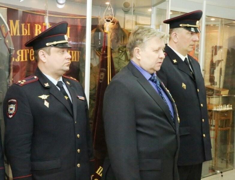 21 марта ряды псковской полиции пополнились новобранцами, фото-3