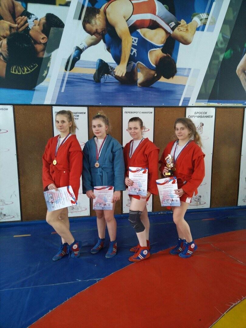 Псковские самбистки заняли призовые места на соревнованиях в Твери , фото-4
