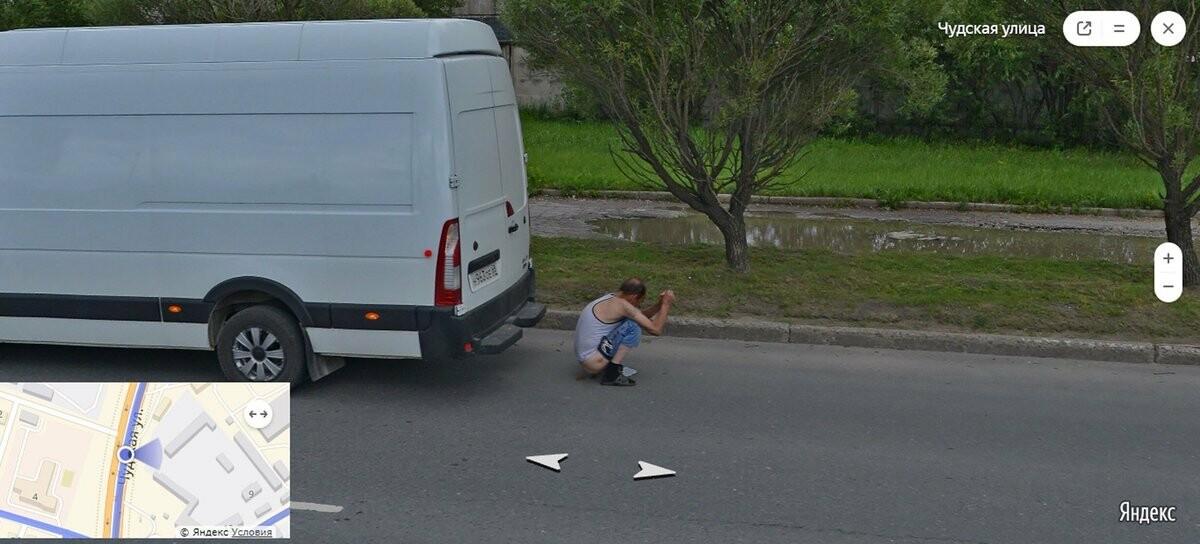 Пскович справил нужду на Чудской улице и попал на панораму «Яндекса», фото-1