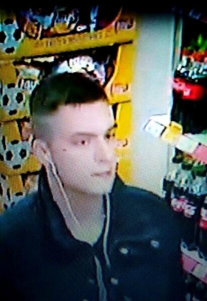 В Пскове устанавливается личность молодого человека, фото-2