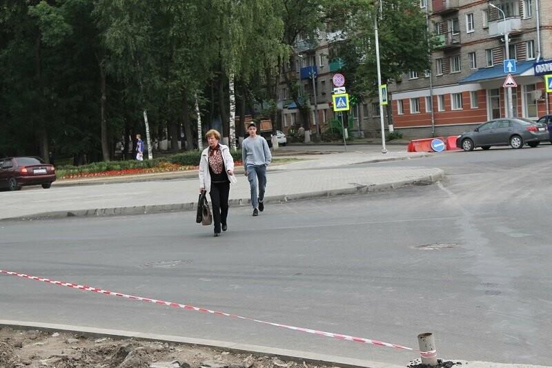 Активисты ОНФ добиваются принятия мер по обеспечению безопасности дорожного движения у площади Победы в Пскове, фото-1