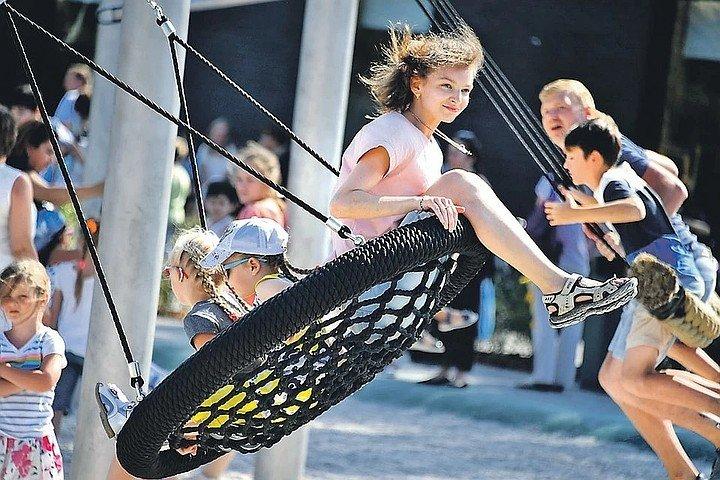 В Псковской области на прогулки детей хотят снять ограничения, фото-1