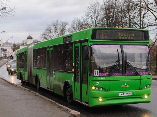 В День города пустят из Пскова до Выбут бесплатный автобус , фото-1