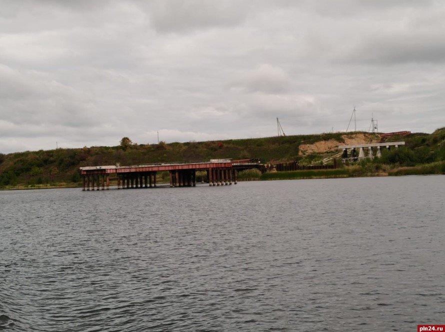 Первый этап по расчистке реки Великой завершили в Псковской области, фото-1