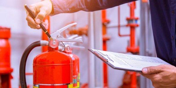 Псковским предприятиям поручили усилить работу над обеспечением пожарной безопасности, фото-1