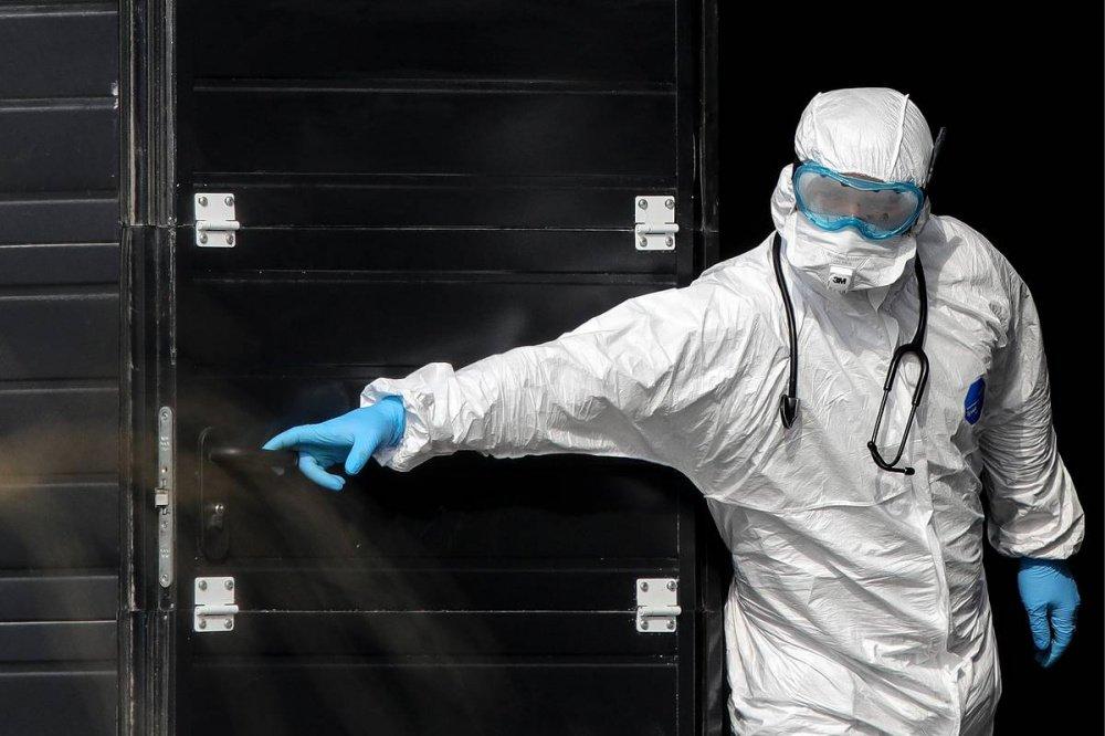 Для приема ковид-больных могут полностью перепрофилировать псковскую межрайонную больницу, фото-1