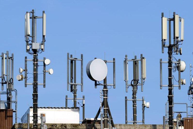 В Псковской области до конца года построят 12 базовых станций сотовой связи, фото-1