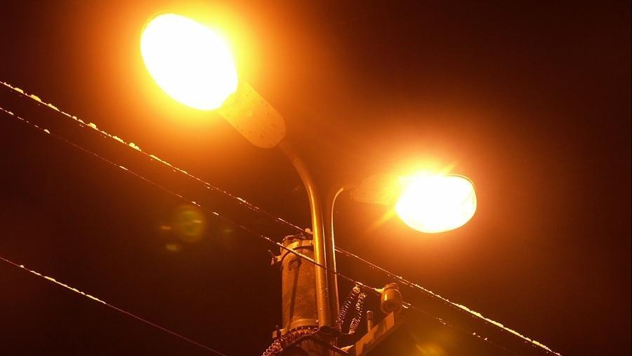 Работа уличного освещения на улице Трояновского в Пскове восстановлена